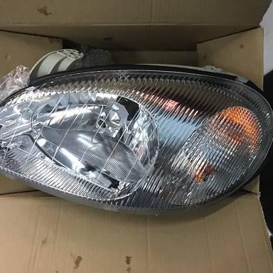 Đèn pha trái Daewoo Lanos - 96304606