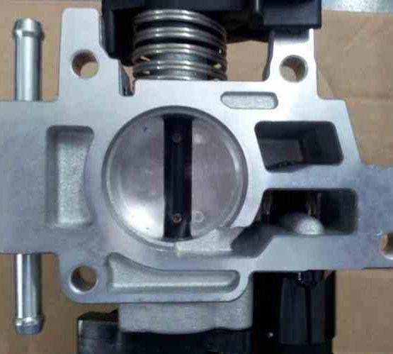 phutunggiare.vn - CỤM BƯỚM GA CHEVROLET SPARK M200 - 25185782