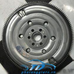 phutunggiare.vn-BÁNH-ĐÀ-MT-LIVINA-INFINITI-X-TRAIL-T31-12310ET02C-sản-xuất-bởi-Nissan-phụ-tùng-chính-hãng-giá-tốt-nhất