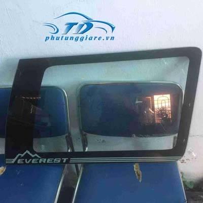 phutunggiare.vn - KÍNH CHẮN GIÓ HÔNG PHẢI FORD EVEREST-TD12088, sản xuất bởi Ford phụ tùng chính hãng, giá tốt nhất