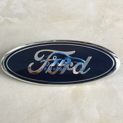 phutunggiare.vn - Logo Ford Ranger 2015